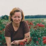 Na polu z krzewami róż, których produkowaliśmy ok. 2 mln. sztuk rocznie.