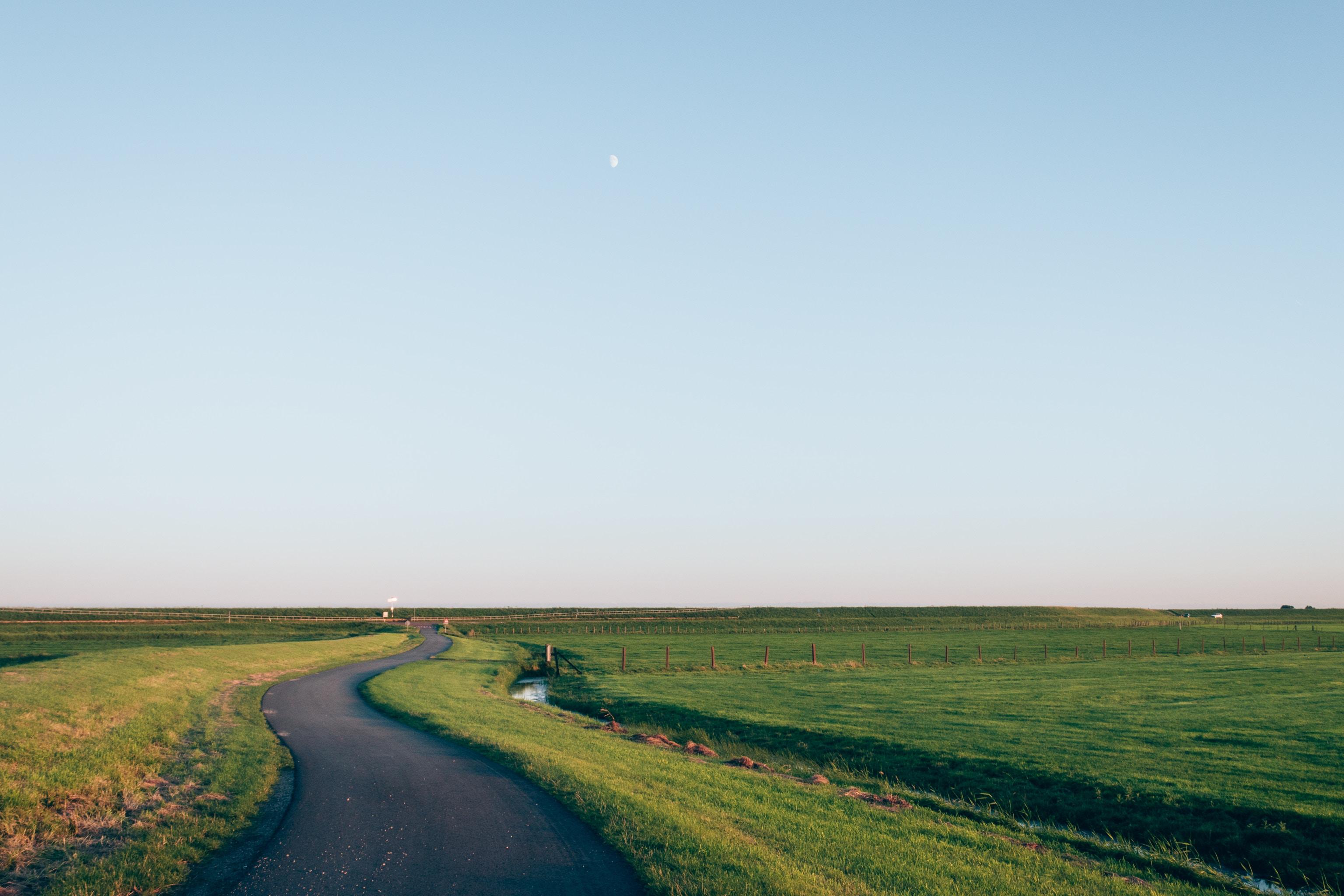 Wniosek o uregulowanie i uaktualnienie oraz poszerzenie dokumentacji rowów melioracyjnych na terenie gminy Rzgów